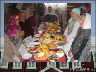 В Верх-Казанке из Муртазиных дед Шарифулла был муллой, его невестка - стабике, а
